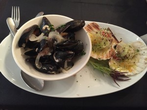 """Mussels """"cassopipa""""style & Scallops with orange and Cervere leeks"""
