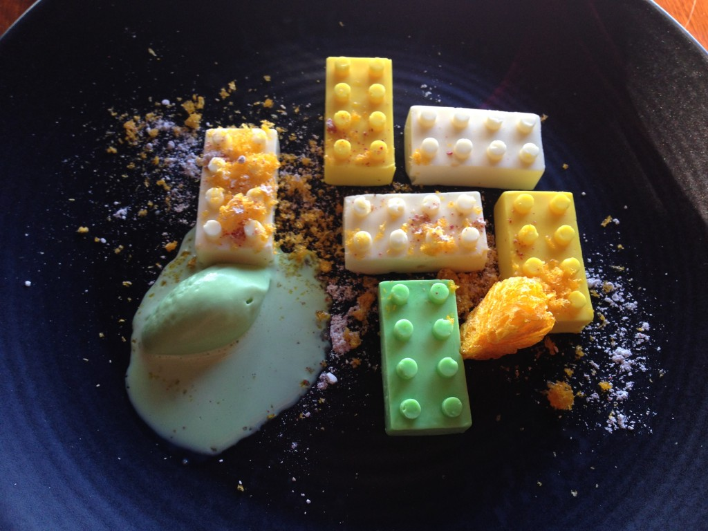 Lego lemon dessert